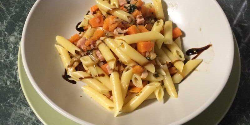 Pasta-con-la-zucca-e-pancetta